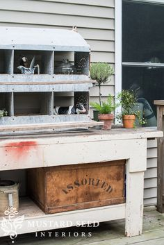 beginnings of a potting bench - Miss Mustard Seed Chicken Nesting Boxes, Chicken Feeders, Miss Mustard Seeds, Primitive Antiques, Coops, Primitives, Landscaping, Bench, Wire