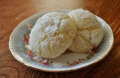 Young Homemakers: New Recipe! Gluten-Free Gooey Butter Cookies - Looking forward to trying these.  I had some in St. Louis and they were yummy.  Hopefully they will be as good.