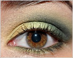Warmed-up, Smoked-out Greens Look by Temptalia