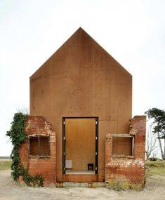 A steel music studio built in an old dovecote at Aldebrugh Music school in England | Gardenista