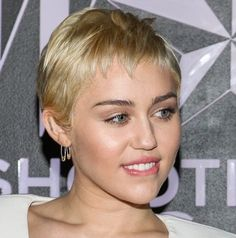 Miley Cyrus at the 2015 W Magazine Shooting Stars Exhibit Opening Really Short Hair, W Magazine, Shooting Stars, Miley Cyrus, Short Hair Styles, Exhibit, Health, Women, Very Short Hair