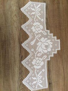 Filet Crochet, Crochet Stitches, Hand Applique, Garden Shower, Crochet Edgings, Crochet Diagram, Crochet Table Runner, Hardanger Embroidery, Table Toppers