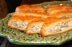 Sausage Crescent Rolls - The BEST Super Bowl snack ever! The boys will devour this and cry for more! Not kidding! 389,572 pins!!