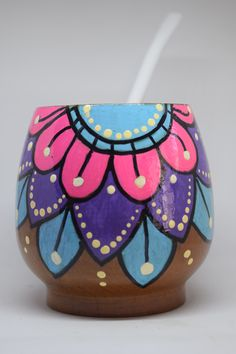 Pottery Painting Designs, Paint Designs, Painted Flower Pots, Painted Pots, Paint Brushes, Craft Projects, Diy And Crafts, Mandala, Facebook