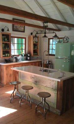 Charming farmhouse kitchen
