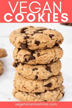 Vegan Oatmeal Chocolate Chip Cookies are chewy, soft, and packed with chocolate! These are truly the best gluten-free cookies. #glutenfreecookies #vegandessert Best Gluten Free Cookies, Best Gluten Free Desserts, Gluten Free Bars, Gluten Free Appetizers, Gluten Free Chocolate Chip Cookies, Gluten Free Snacks, Gluten Free Baking, Vegan Oatmeal Cookies, Oatmeal Chocolate Chip Cookies