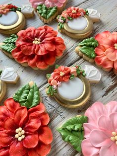 Tropical Bridal Shower Floral hibiscus sugar cookies with gold ring, hibiscus flower embellishments and decorated with royal icing. Colors pink, coral and red complimenting the rich tropical hues to make these cookies stand out! Royal Icing Cookies, Cupcake Cookies, Flower Sugar Cookies, Flower Cupcakes, Wedding Shower Cookies, Royal Icing Decorations, Chocolate Decorations, Royal Icing Flowers, Cold Cake