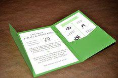 Voll im Trend: Hochzeitseinladung Pocketfolder in deinem Hochzeitsdesign www.motschico.de #Hochzeit #Papeterie #Motschico #Pocketfolder
