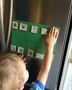 Creating a visual schedule (with Printable!) A wonderful way to bring some peace and stability to your preschoolers world!