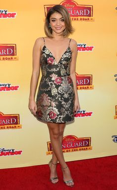 In Honor of Sarah Hyland's Birthday, Let's Take a Look at Her 25 Most Wow-Worthy Red Carpet Looks | E! Online Mobile