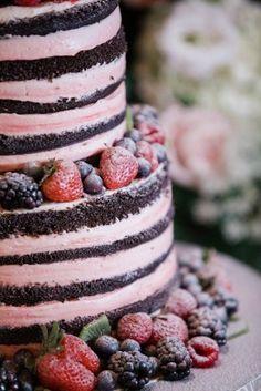 naked cake, pink wedding cake, naked wedding cake, stacked wedding cake, fruit cake, wedding cake with fruit, strawberry cake, chocolate wedding cake, rustic wedding cake, natural wedding cake, wedding dessert, woodlawn farm wedding