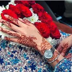 Image may contain: one or more people Modern Henna Designs, Mehandhi Designs, Latest Henna Designs, Floral Henna Designs, Henna Hand Designs, Arabic Henna Designs, Bridal Henna Designs, Beautiful Henna Designs, Mehndi Art Designs