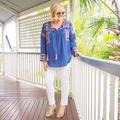 Today's #everydaystyle ... I need to stop all my gloating and smugness about spring coming early to Queensland as the last two days have proved me wrong. Granted, I'm in open toes and a cotton top but it's far from balmy. #sywintertrends