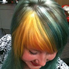 Fantastic St. Pattys day hair.