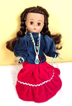 """Vintage Effanbee Indian Native American 9"""" Doll 1988 collectable posable RARE #Effanbee Nativity, Native American, Snow White, Indian, Dolls, Disney Princess, Games, Disney Characters, Ebay"""