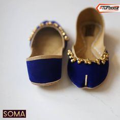Traditional Indian shoes - ladies shoes of Punjab CLICK VISIT link above to see more. Get your punjabi jutti today. Indian Shoes, Espadrilles, Custom Shoes, Sock Shoes, Blue Shoes, Shoe Collection, Fashion Shoes, Punjabi Culture, Dress Shoes