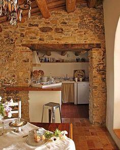Una encantadora casa de campo en Girona | Hacer bricolaje es facilisimo.com #cocinasrusticascasadecampo