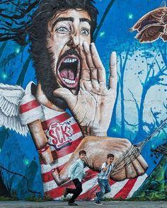 Bon dia! Despierta... que llegas tarde!   Fot.: Jesus Giraldo #ciudad city #graffitti #niños #kids #children #urbano #urban
