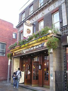The Hammersmith Ram: Irish Pub
