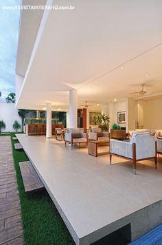 Varanda idealizada por Pedro Garcia Lopes. http://www.comore.com.br/?p=27009 #anuariointerarq #book #livro #interarq #revistainterarq #arquitetura #architecture #archdaily #contemporary #decor #design #home #homestyle #instadecor #instahome #homedecor #interiordesign #lifestyle #modern #interiordesigns #luxuryhome #homedesign #decoracao #interiors #interior #pedrogarcialopes
