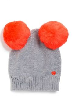 Beyond adorable! @Jess Pearl Pearl Thomas Couture Pompom Beanie
