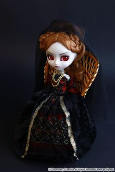 vampire couture tvs gothic dolls and photos. Black Bedroom Furniture Sets. Home Design Ideas