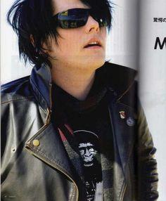 Them shades.....