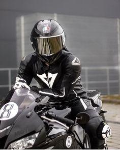Mt 07 Yamaha, Motorcycle Suit, Motorcycle Jackets, Biker Photoshoot, Biker Photography, Biker Love, Biker Chick, Super Bikes, Motocross
