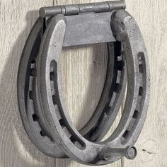 horse shoe knocker