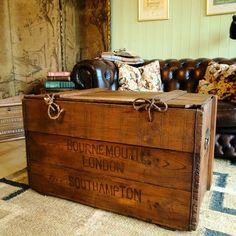 VINTAGE RUSTIC CHEST Plank Box MID CENTURY INDUSTRIAL Coffee Table STORAGE  TRUNK