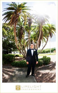 Limelight Photography, www.stepintothelimelight.com, Weddings, Grace Lutheran Church, St. Petersburg, Florida, Groom, Blue, White, Black, Green, Palm Trees