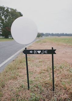 Simple but effective wedding day sign to help your guests find your celebration! | http://www.weddingpartyapp.com/blog/2014/10/14/10-awesome-wedding-sign-ideas-ceremony-reception-decor/