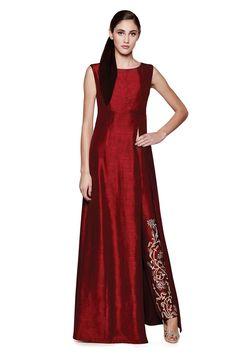 Mehendi Outfits for the Elegant Indian Bride Indian Suits, Indian Attire, Indian Wear, Indian Mehendi, Ethnic Fashion, Asian Fashion, Hijab Fashion, Fashion Outfits, Pakistani Dresses