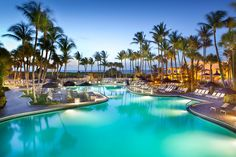 Fort Lauderdale Marriott Harbor Beach Resort & Spa, Florida is idyllic for whoever wants to escape from day-to-day noise and fatigue, and enjoy some time in a private millieu.