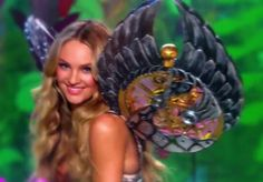 Close Up of Angel Candice Swanepoel on the runway of the VSFS 2009 , Enchanted Forest Segment
