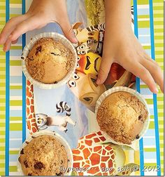 Muffin με γέμιση μπισκότου Cupcake Cakes, Cupcakes, Recipe Box, My Recipes, Muffins, Sweet Treats, Cookies, Baking, Ethnic Recipes