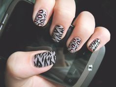 animal print. #nailpolish