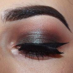 Sexy brow n nice cat eye...