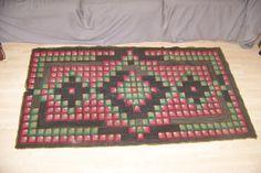 Nova Scotian inch mat geometric hooked rug pattern, Boston Sidewalk variant