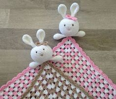 Crochet Toys Patterns, Knit Crochet, Christmas Ornaments, Knitting, Holiday Decor, Handicraft Ideas, Kids, Crocheting, Young Children
