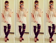 Mirrored sunnies + t-shirt + destroyed black jeans = the perfect combo! <3 www.juliafaria.com.br