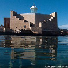 Gran Canaria - Auditorio Alfredo Kraus, Playa de Las Canteras.   Topógrafo. Land Surveyor.  Repin: Topografía BGO Navarro - Estudio de Ingeniería
