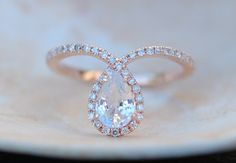 Rose gold ring Pear Sapphire COBRA ring 1ct white by EidelPrecious