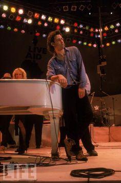 Bob Geldof at Live Aid, Wembley Stadium, 1985 80s Music, Good Music, Brenda Ann Spencer, The Boomtown Rats, Bob Geldof, Perfect Live, Live Aid, Wembley Stadium, Band Aid