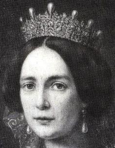 Tiara Mania: Duchess of Leuchtenberg's Sapphire Parure Tiara