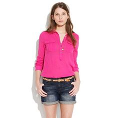 More of today's spring wardrobe additions: @Madewell's bright pink shirt & Denim Midi Shorts in Locomotive Wash