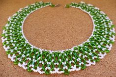 Free pattern for necklace First Snowdrop Click on link to get pattern - http://beadsmagic.com/?p=6141
