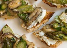 Goat Cheese Toasts with Asparagus-Mushroom Ragu