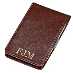 This brown leather card case/money clip combo offers something none of our other card case/money clip combinations do, this case keeps your cards. Custom Money Clips, Personalized Leather Wallet, Money Clip Wallet, Green Gifts, Leather Card Case, Groomsman Gifts, Gifts For Father, Graduation Gifts, Brown Leather