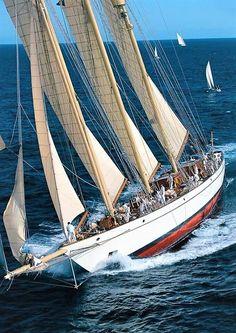 Classic yacht 'Adix'